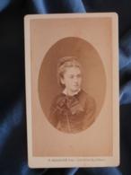 CDV Photo Mulnier à Paris - Second Empire Femme (Tante Briel Née Julienne Soeur De Maman Renaut), Vers 1865-70 L425A - Anciennes (Av. 1900)