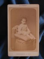 CDV Photo A. Liebert à Paris - Fillette (famille Julienne Décedée à 4 Ans De La Rougeole Vers 1890 L425A - Anciennes (Av. 1900)