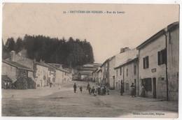 CPA 88 BRUYERES En Vosges Rue Du Lavoir Restaurant Tenu Par Français - Bruyeres