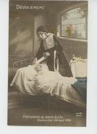 """GUERRE 1914-18 - Jolie Carte Fantaisie Religieuse Soignant Un Poilu Blessé """"HÉROÏSME DE SOEUR JULIE"""" - GERBEVILLER 1914 - Guerre 1914-18"""