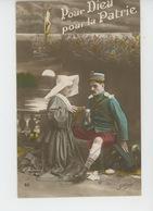 """GUERRE 1914-18 - Jolie Carte Fantaisie Religieuse Soignant Un Poilu Blessé """"POUR DIEU , POUR LA PATRIE """" - Guerre 1914-18"""