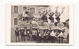 Photo ( 14 X 9 Cm ) Char Pour Le Carnaval De Chateauneuf - Personnes Anonymes