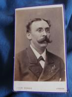 Photo CDV J.A. De Moraes à Luanda (Angola)  Portrait Homme Grosse Moustache Et Lorgnons  CA 1875 - L345 - Anciennes (Av. 1900)