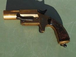 Pistolet Lance Fusées De Signalisation Francais à Canon Court - Decotatieve Wapens