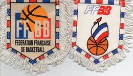 Lot De 2 Fanions De La Fédération Française De Basketball - Habillement, Souvenirs & Autres
