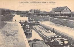 """PENICHE Barge - 60 - PONT ST MAXENCE : L'Ecluse ( Péniche """" BIEN GAGNE """" En 1er Plan ) CPA - Lastkähne Aken Chiatte - Péniches"""