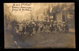 57 - SAINT AVOLD -Carte Photo -  Le 1/1 à St Avold, Lorraine Désannexée - Groupe De Gretchens - Saint-Avold