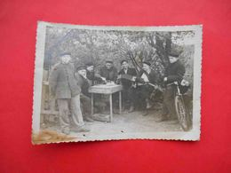 CHESS USSR Russian Men Play In CHESS In Holliday. Real Photo - Sports