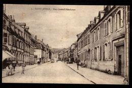 57 - SAINT AVOLD  - Rue Général Hirschauer - Saint-Avold
