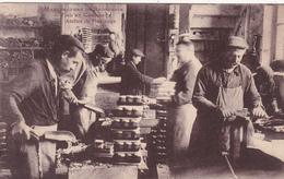 CPA (81) SAINT SULPICE Manufacture De Brosserie C. MAJOREL Atelier De Finissage Métier Ouvriers (2 Scans) - Saint Sulpice