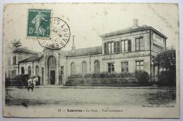 LA GARE - VUE EXTÉRIEURE - LOUVRES - Louvres