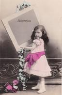 """CARTE FANTAISIE. CPA.  ENFANT """" FÉLICITATIONS """".  . ANNEE 1907 - Portraits"""
