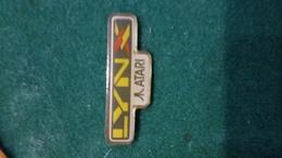 Pin's LYNX ATARI   Jeux  P55 - Badges