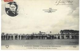 L'aviateur Renaux Au-dessus Du Champ D'aviation De Gravanches, 1911 - Aviateurs