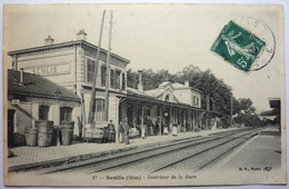 INTÉRIEUR DE LA GARE - SENLIS - Senlis