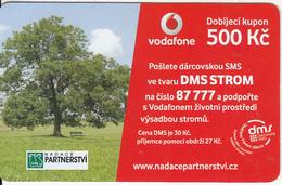 CZECH REPUBLIC - Foundation PARTNESTVI, Vodafone Prepaid Card 500 Kc, Exp.date 01/04/14, Used - Czech Republic