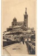 . MARSEILLE .46. NOTRE-DAME-DE-LA-GARDE . PLATE-FORME DES ASCENCEURS . CARTE NON ECRITE - Notre-Dame De La Garde, Ascenseur