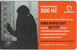 CZECH REPUBLIC - Girl, Vodafone Prepaid Card 500 Kc, Exp.date 24/09/12, Used - Czech Republic