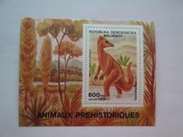 1989 Madagascar Yv BF50 ** MNH Faune Dinausore   Cote 5.00 €  Michel B 102 Scott 903 - Madagascar (1960-...)