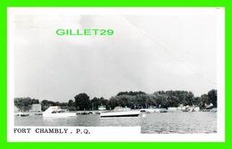 CHAMBLY, QUEBEC - VUE DE LA MARINA DU FORT CHAMBLY - VRAI CARTE-PHOTO - CIRCULÉE EN 1969 - - Quebec