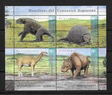 MAMIFEROS DEL CENOZOICO ARGENTINO ANIMALES PREHISTORICOS ARGENTINA AÑO 2001 FEUILLET COMPLETO MNH DINOSAURIOS - Postzegels