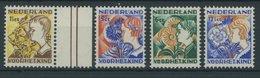 NIEDERLANDE 253-56A **, 1923, Voor Het Kind, Gezähnt K 121/2, Postfrischer Prachtsatz, Mi. 110.- - Niederlande