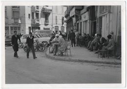 """ALGERIE. PHOTO. CAFE. TERRASSE. PUBLICITE """" RAFFIGAZ ' Sur TUBE CITROEN. A SITUER - Places"""