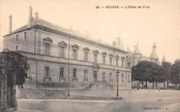 58 - NEVERS - L'Hôtel De Ville - Nevers