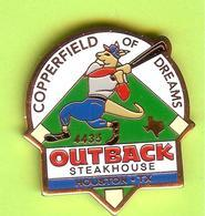 Pin's Outback Steakhouse Kangourou Baseball Copperfield Of Dreams- 4BB28 - Baseball