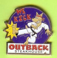 Pin's Outback Steakhouse Kangourou Karaté The Kick- 7BB25 - Badges