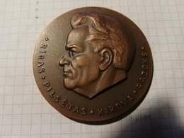 Latvia USSR, Riga, Kirov District, Medal 6,50 Cm, Sergey Kirov, Bolshevik Communist Personal Friend To Joseph Stalin - Jetons & Médailles