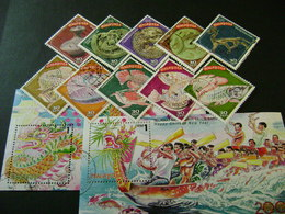 Malaysia 2000 Stamp Issues (between SG 840 And 969 - See Description) 9 Images - Used - Malaysia (1964-...)