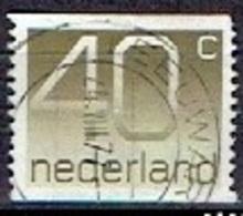 NETHERLANDS  #   FROM 1976-82  STAMPWORLD 1068 - Period 1949-1980 (Juliana)