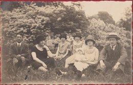 Oude Foto Old Photo Pick-Nick Dejeuner Sur L' Herbe Belle Epoque - Day Trip Daguitstap - Personnes Anonymes