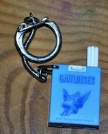 Très Rare Porte-clés Gauloises Avec Cigarettes Rétractables - Porte-clefs