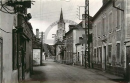 /!\ 9508 - CPA/CPSM - 64 - PHOTO : Benejacq : Rue Principale - Bayonne