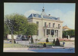 Creteil (94) : La Maison Du Combattant - Creteil