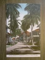 Tarjeta Postal Postcard - Panama - 3rd Avenue Looking East I.C. Hotel - Cristobal - Irvin & Thomas 3497 - Panama