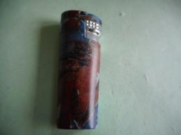 BRIQUET HONEST LIGHTER Feuerzeug ENCENDEDOR ACCENDINO AANSTEKER ライター 打火机 Léttari Ljusare αναπτήρας ///////// - Briquets