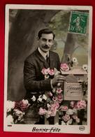 Jolie CP Ancienne Colorisée Bonne Fête - Homme Moustache Boîte à Lettre Courrier ... - Ed Circé 4224 - CAD 6-09-1911 - Fêtes - Voeux