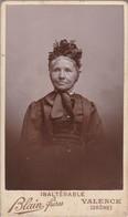 Photo. : C.D.V. : Femme En Pose Belle Coiffe : ( Photo. - BLAIN-FRERES - Valence - Drome ) - Alte (vor 1900)