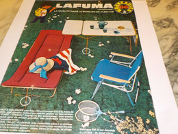 ANCIENNE AFFICHE  PUBLICITE VACANCE ET NOUVEAUTES LAFUMA 1966 - Affiches