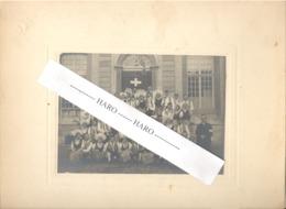 STAVELOT - Photo Sur Carton - Groupe Carnavalesque Devant L'Hôtel De Ville - Laetare +/- 1920 ?? (b247) - Lieux