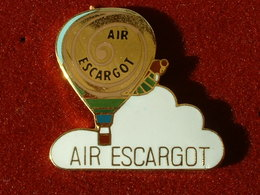 Pin's ESCARGOT - AIR ESCARGOT - MONTGOLFIERE - Animaux