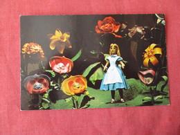 Alice In Wonderland     Disneyworld   Ref 3167 - Disneyworld