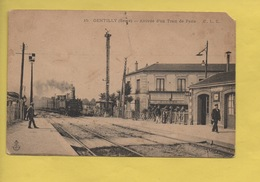2376 **  Gare De GENTILLY * Arrivée D'un Train De Paris * C.L.C. - Gentilly