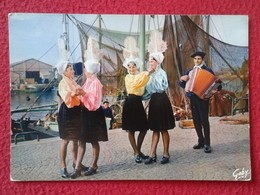 POSTAL POST CARD CARTE POSTALE ACORDEÓN ACCORDION ACCORDÉON FOLKLORE DE FRANCE LA VENDEE LES SABLES D'OLONNE MUSIC VER - Cantantes Y Músicos