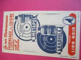 Buvard/Pâte D'entretien/METAPOL/Produit LION NOIR/En Un Tour De Main/RADIOLA/Diéval/Paris/Vers 1940-1960    BUV336 - Waschen & Putzen