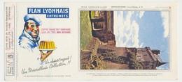 Buvard 23.1 X 10.4 FLAN LYONNAIS Série B N° 19 Châteaux De La Loire Château D'e Chinon Tour De L'Horloge - Sucreries & Gâteaux