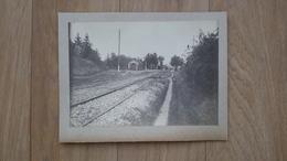 4 EME PHOTO COLLEE SUR CARTON - SEMUR EN AUXOIS 21 COTE D'OR - GARE - TRAIN - Lieux
